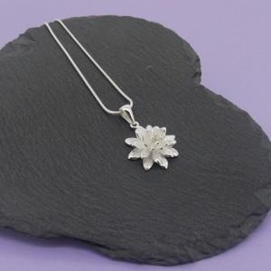 Chrissy Flower Pendant