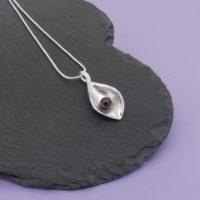 Snakeye Pendant - black pearl