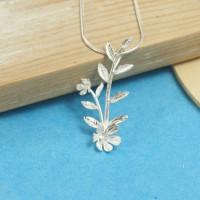Silver Roselle Pendant