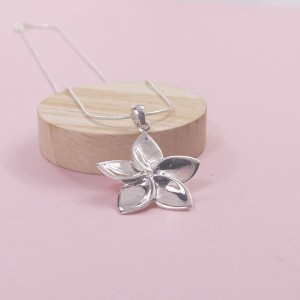 Silver Mayflower Pendant